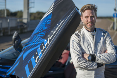 Nick Heidfeld tests Battista prototype in Nardò
